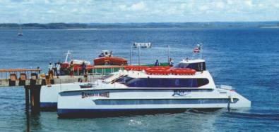 Venda de passagem para o Catamara do Morro